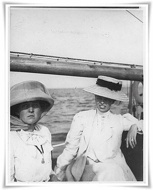 Sara Roosevelt and Eleanor Roosevelt sailing in Campobello Bay, Canada. (FDRL)