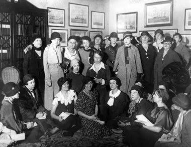 Eleanor Roosevelt gathered with the women reporters who were given exclusive access to her press conferences. (FDRL)