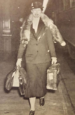 Mrs. Roosevelt, in perpetual motion, carrying her worn suitcase, her fur-piece swinging from her neck as she strided through train stations and airports, became a familiar persona to Americans in the 1930s and 1940s. (New York Daily News)