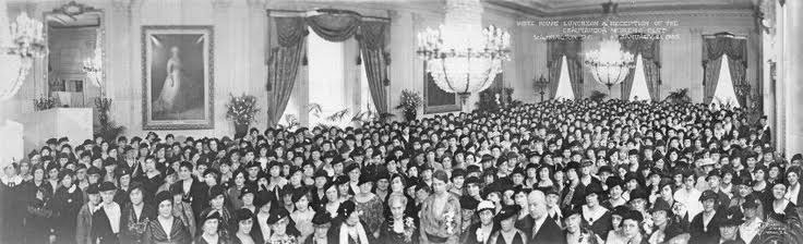 One of the massive gatherings often hosted in the East Room by Eleanor Roosevelt, not just social events but conferences. (pinterest)
