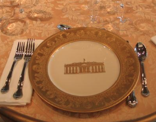 The Clinton state china used for the first time at the White House bicentennial state dinner. (digitaljournal.com)